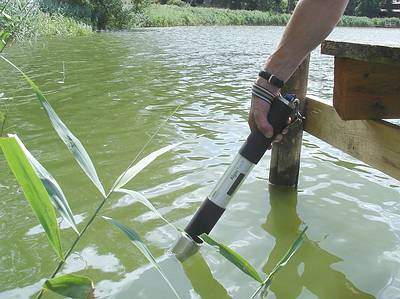 Measurement of cyanobacteria with the AlgaeTorch from bbe Moldaenke