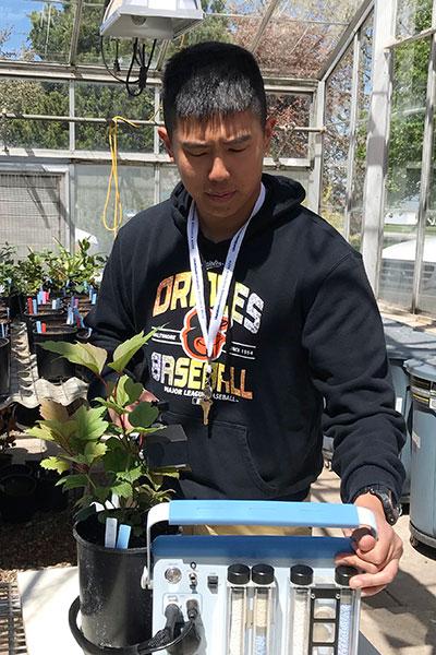 Ji_Johng_Chen Youping Sun Lab